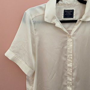 Abercrombie & Fitch Button Up Short Sleeve Blouse